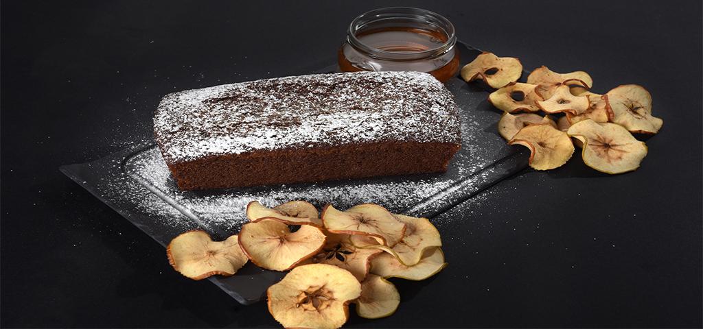 עוגת דבש עם שזיפים ואגוזי מלך של רשת ביגה
