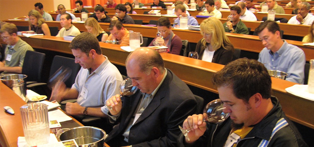 מבחן לקראת התואר Master of Wine